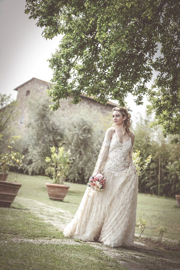 bride shooting in tuscany_12.jpg