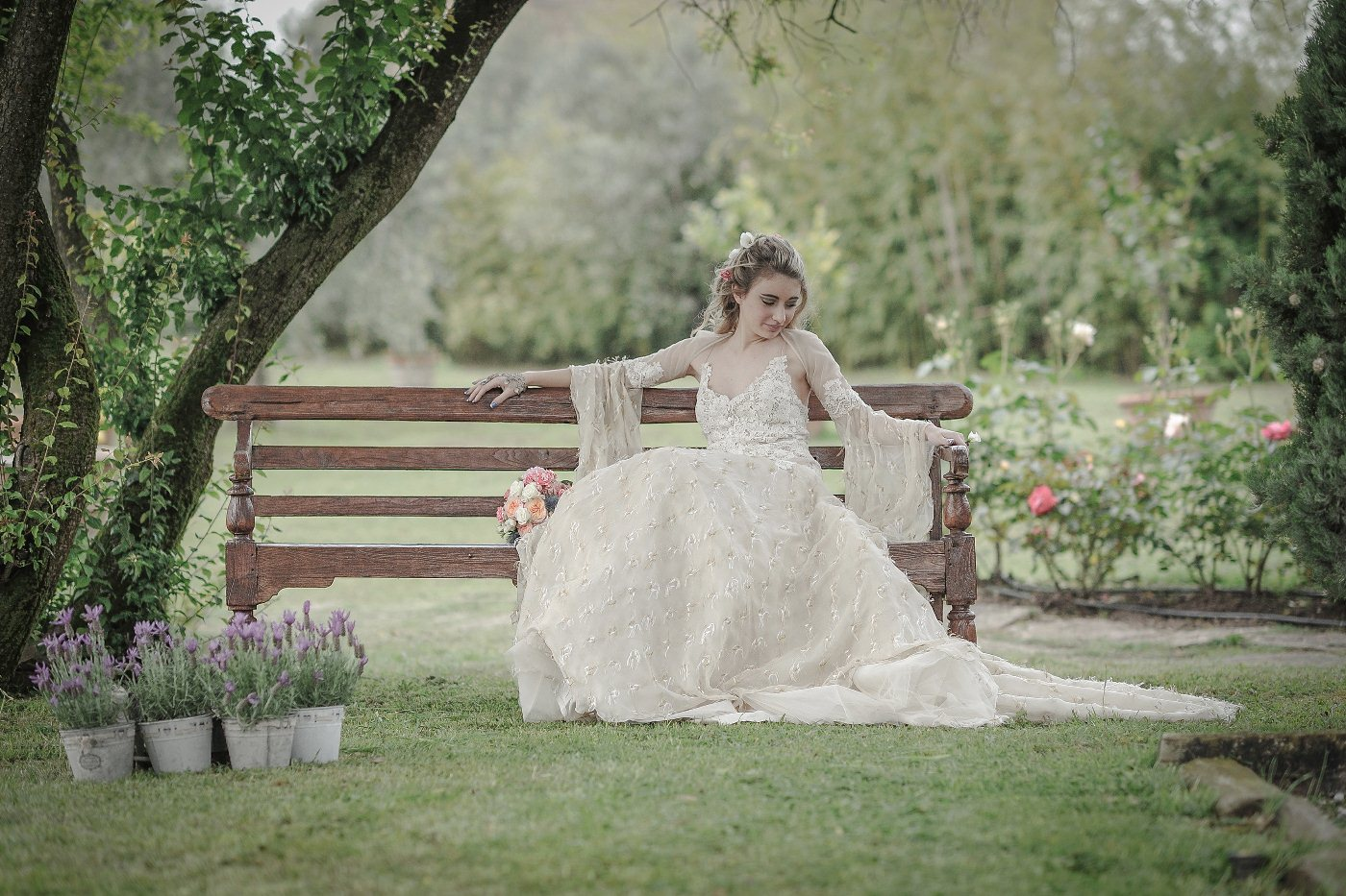 Wedding Photography Tuscany - Bride shooting in Tuscany | Domenico Costabile